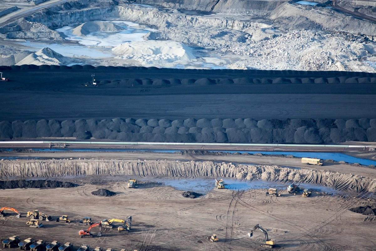 Alberta oilsands petcoke