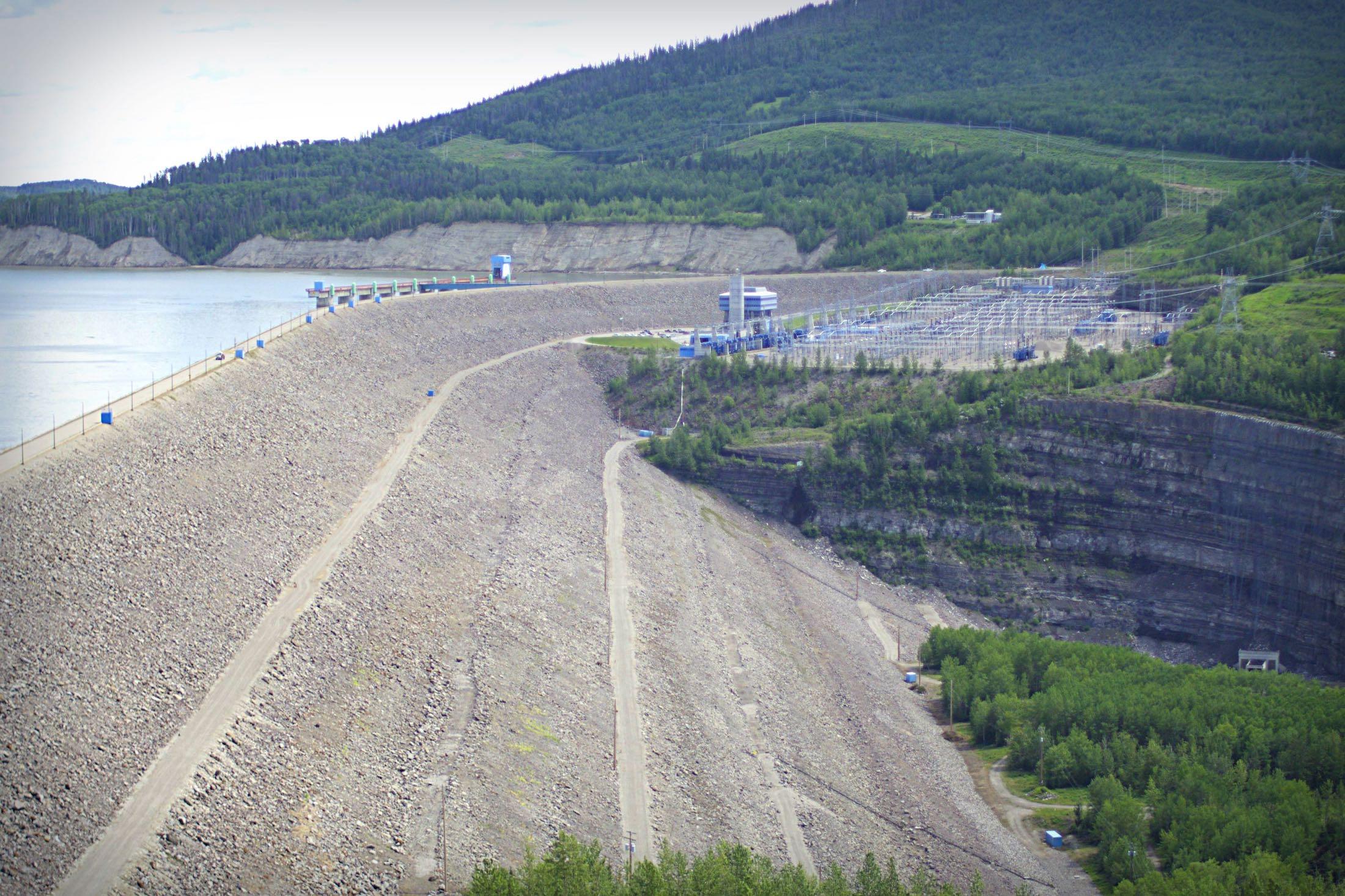 WAC Bennett Dam Carol Linnitt