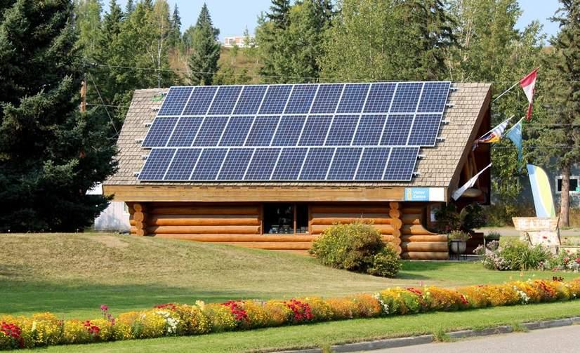 District-of-Hudsons-Hope-Solar-Array.jpg