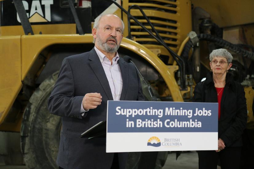 Energy-and-Mines-Minister-Bill-Bennett.jpg