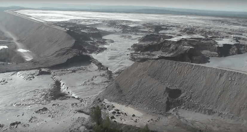 Mount-Polley-Tailings-Pond-Collapse.jpg