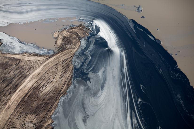 oilsands-alex-maclean.jpg