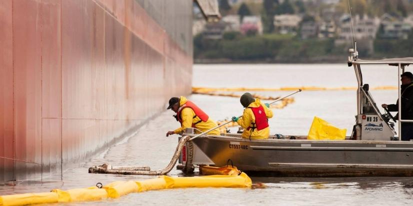 van-oil-spill.jpg