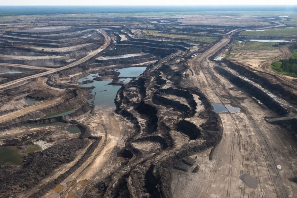 10 things you need to know about the massive new oilsands mine that