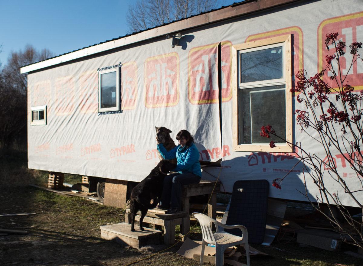 Jennifer Houghten tiny home Grand Forks flood