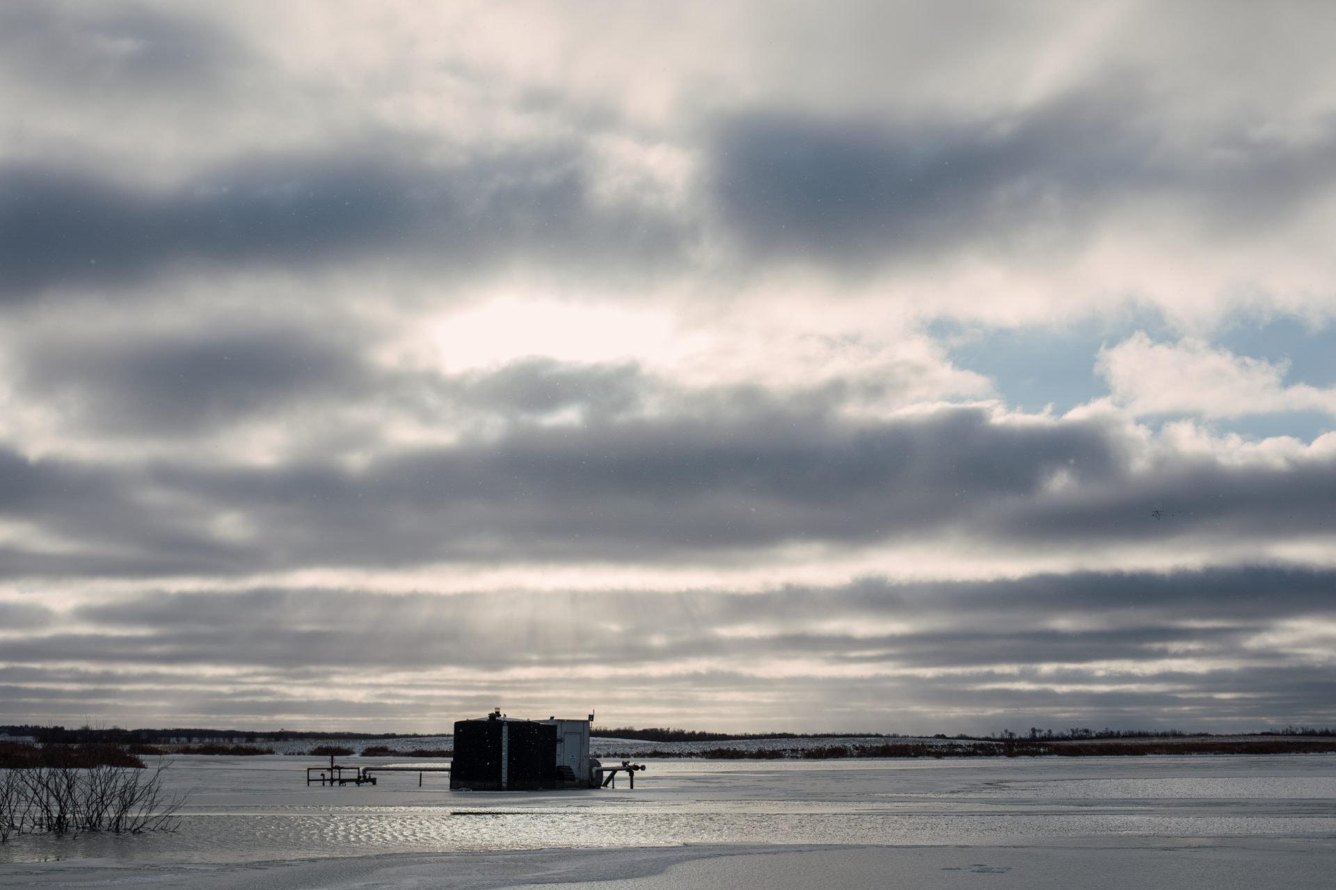 Oil lease site in Wainwright, Alberta on Monday, November 5, 2018. Amber Bracken