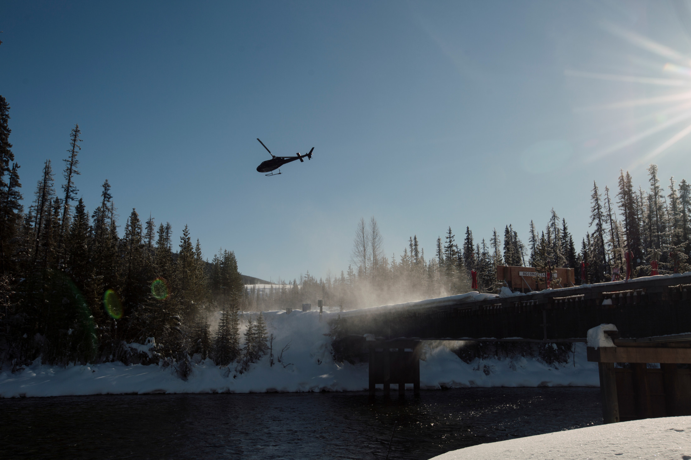 Unist'ot'en camp helicopter Wet'suwet'en RCMP