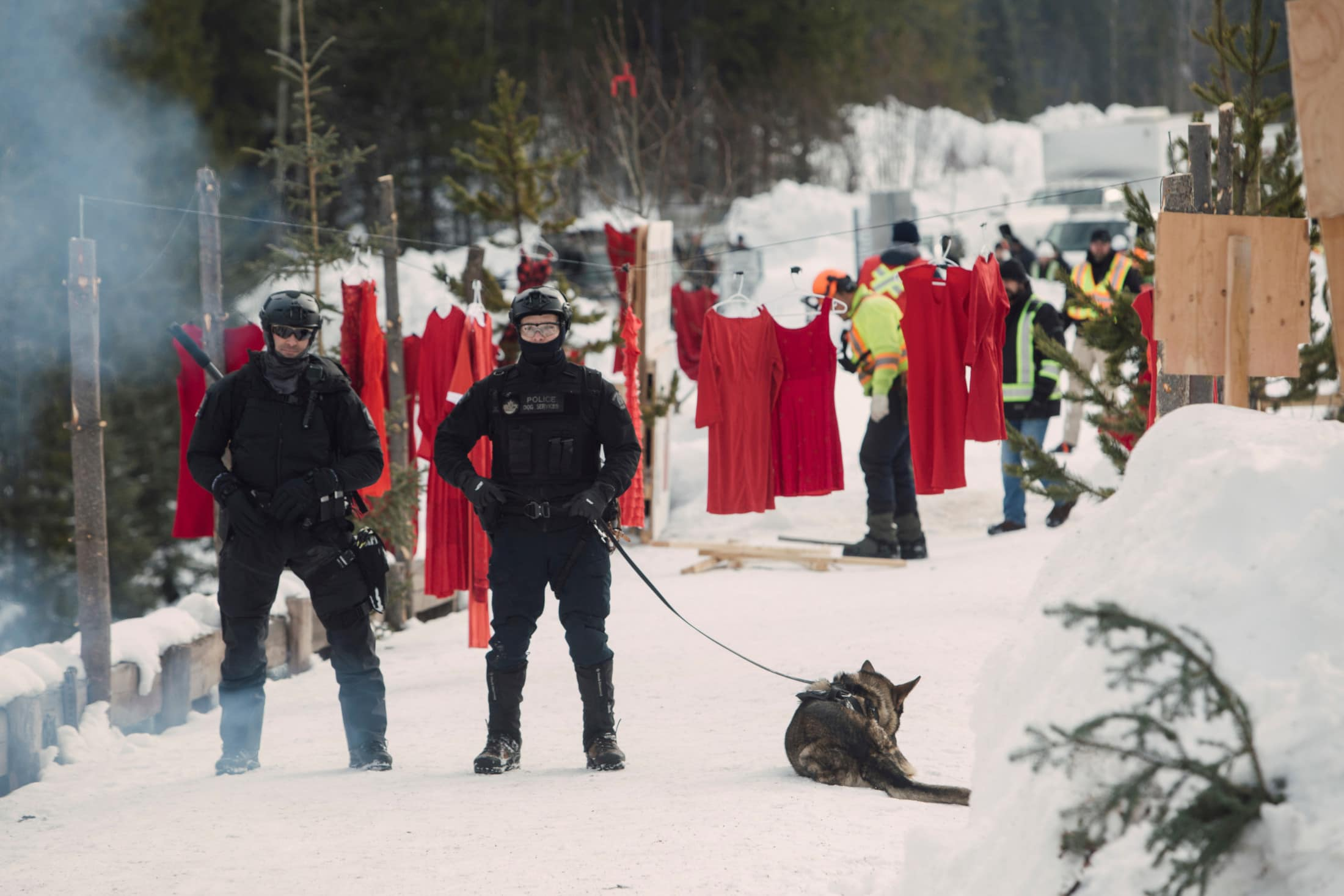 RCMP Unist'ot'en camp arrests red dresses Wet'suwet'en Coastal GasLink