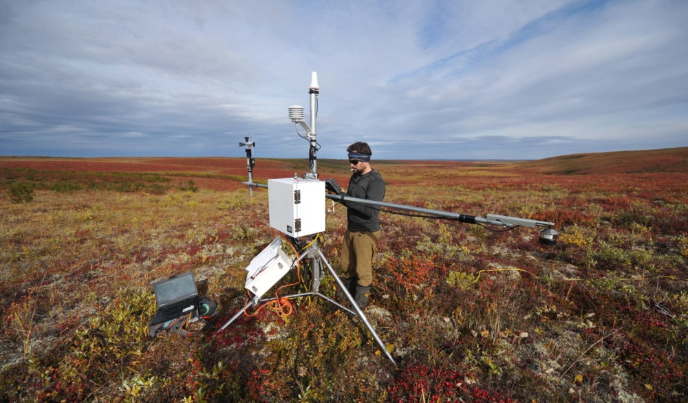 Struzik-permafrost-weather-station_web