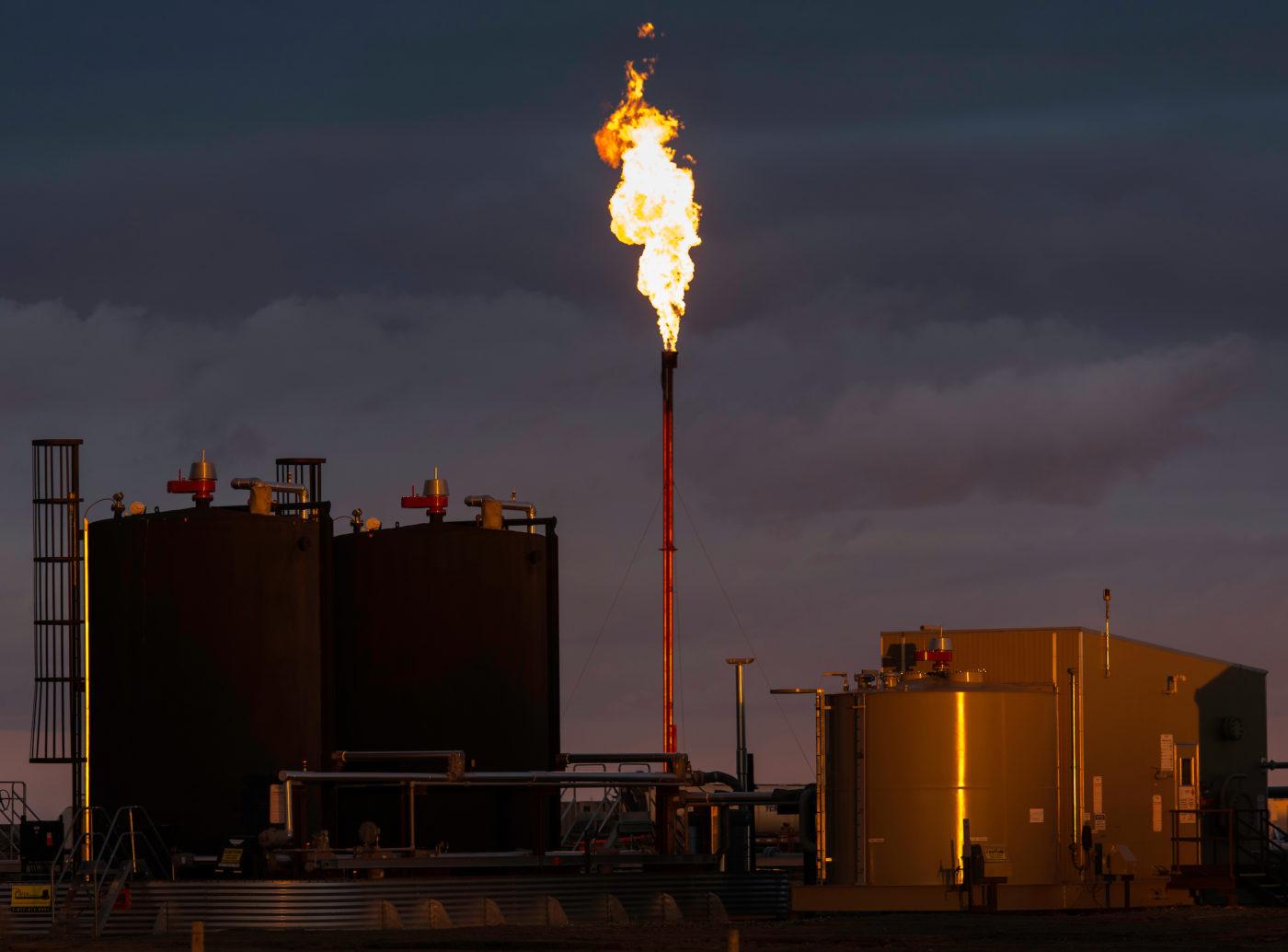 Flaring B.C. fracking LNG methane emissions