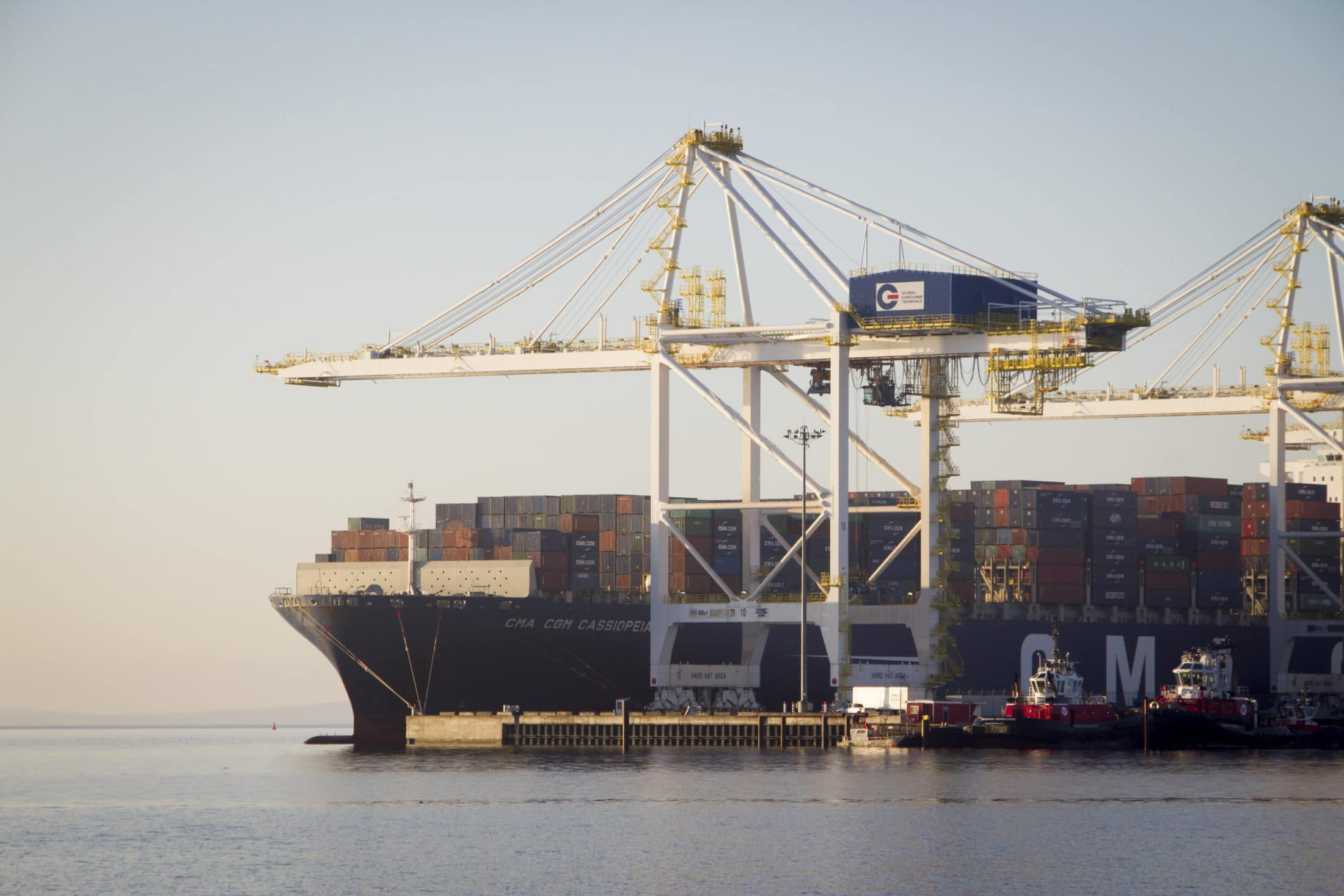 Container ship at Deltaport