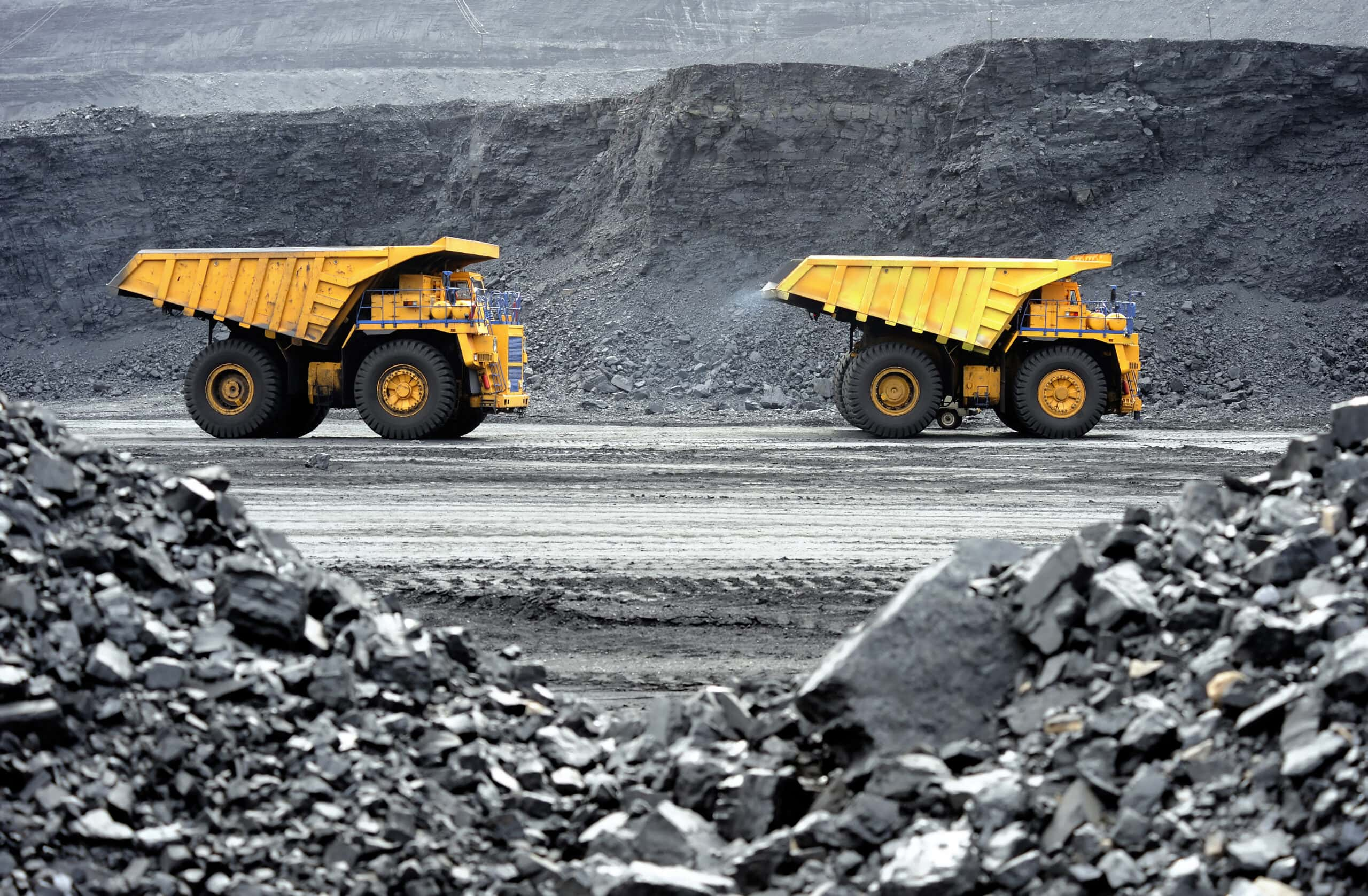 Production,Useful,Minerals.,The,Dump,Truck