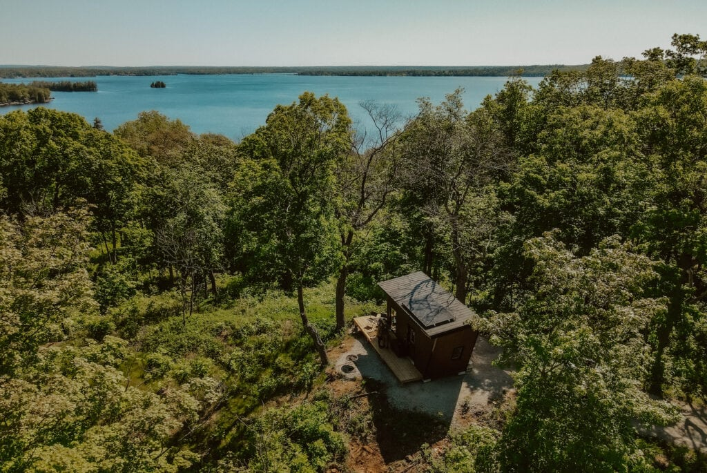 Cabinscape - a cabin overlooking a body of water in Ontario